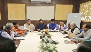 त्रिपुरा में भाजपा की बैठक, उम्मीदवारों के नामों पर लगेगी मुहर