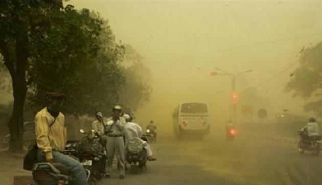 राष्ट्रपति कोविंद और प्रधानमंत्री मोदी ने तूफान में जान गंवाने वालों के प्रति शोक जताया