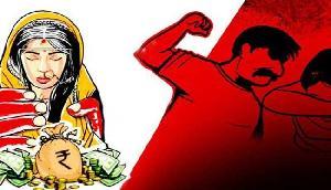बेटे की चाहत में पत्नी पर जुल्म, दहेज उत्पीड़न का मामला भी ठोका