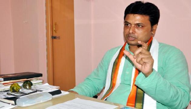 CM ने भाजपा कार्यकर्ताओं से की 'अहंकार और शक्ति-भ्रम' छोड़ने की अपील
