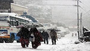 Alert!  बिगड़ने वाला है मौसम, इन इलाकों में भारी बर्फबारी का खतरा