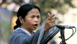 'CM ममता बनर्जी को असम में NRC के पीछे आ रही गंदी राजनीति की बू'
