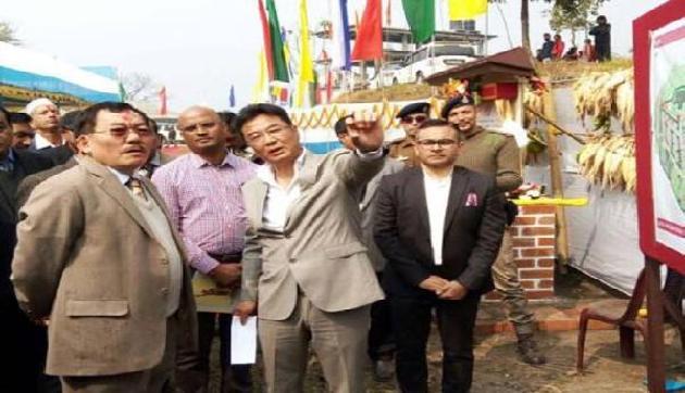 सिक्किमः देश-विदेश में मूर्ति बनाने वाले बना रहे हैं परशुराम की मृर्ति, जानिए क्या है खास