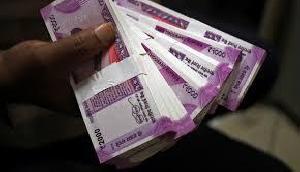 सरकार की इस स्कीम का उठाएं लाभ, हर महीने घर बैठे होगी 5,500 रुपए की इनकम