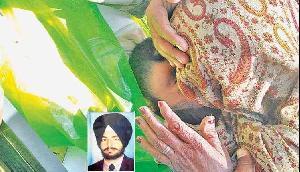 शहीद बेटे का माथा चूमकर मां ने बयां किया वो दर्द, सुनकर सबकी आंखे हो गई नम
