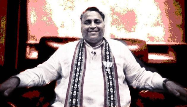 'त्रिपुरा में भाजपा सरकार के बाद माकपा पहन रही है मोदी की टी-शर्ट'
