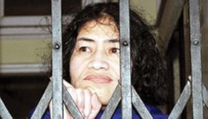 Birthday Special: आयरन लेडी इरोम शर्मिला के जीवन को बयां कर रही हैं ये तस्वीरें