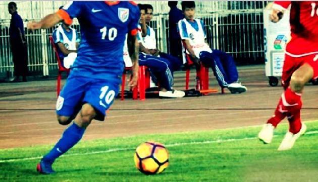 फुटबॉल के मैदान पर तमिलनाडु और असम के बीच होगा अब खिताबी मुकाबला
