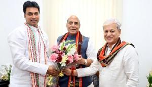 राजनाथ से मिले त्रिपुरा के मुख्यमंत्री, सुरक्षा स्थिति से कराया अवगत