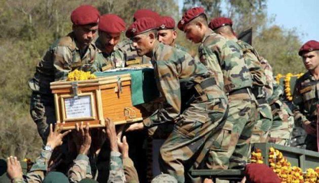 शहीद का शव देख उमड़ा आंसुओं का सैलाब, भारत माता की जय से गूंजा सारा आकाश