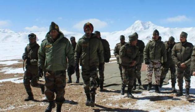 डोकलाम पर भारत और चीन के बीच बढ़ा विवाद, सेना प्रमुख पहुंचे लद्दाख