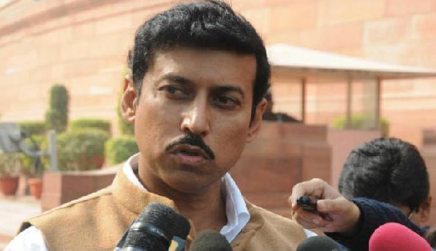 असम के बीमार फुटबाॅलर को मिलेगी केंद्रीय मदद, राठौर ने दिया भरोसा