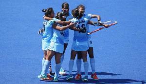 राष्ट्रमंडल खेल: भारतीय महिलाओं ने इंग्लैंड को 2-1 से दी पटखनी