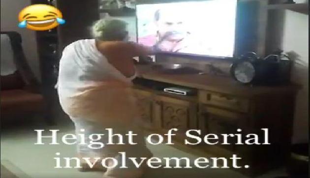 TV सीरियल देख दादी को आया विलेन पर गुस्सा, Video हो रहा है वायरल