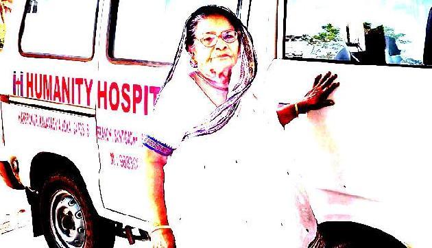20 साल सब्जी बेचकर महिला ने गरीबों के लिए खोला अस्पताल
