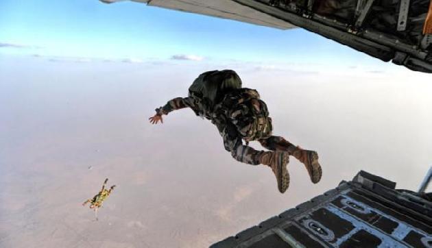 चीन सीमा के पास भारतीय वायु सेना का युद्धाभ्यास, कहीं युद्ध की तैयारी तो नहीं?