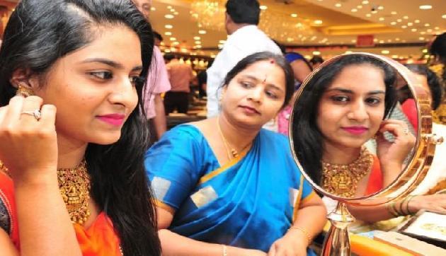 अक्षय तृतीया पर बंपर धमाका आॅफर, अब 1 रुपये में खरीदें सोना