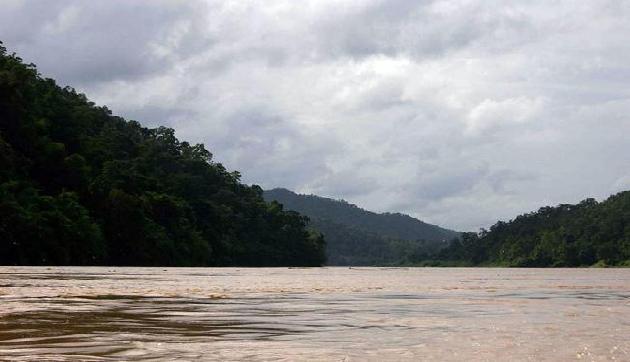 ब्रह्मपुत्र नदी में तैरते सात शवों को देखकर मचा हड़कंप,पुलिस को मेडिकल कॉलेज के कर्मचारियों पर शक