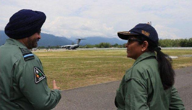 रक्षा मंत्री ने लिया गगनशक्ति का जायजा, अरुणाचल में किया एडवांस लैडिंग का उद्घाटन