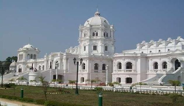 त्रिपुरा के पुष्पावंत महल को संग्रहालय बनाने जा रही बिप्लब सरकार, शाही वंशज ने किया विरोध