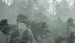 अगले 24 घंटे में होगी भारी बारिश, 27 जून तक मानसून के आगे बढ़ने के आसार