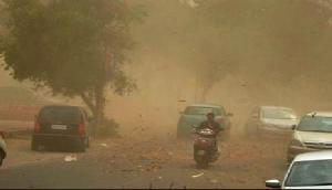 अभी नहीं टला खतरा, 24 घंटों में 50-70 किलोमीटर प्रति घंटे की रफ्तार चलेगी धूल भरी आंधी
