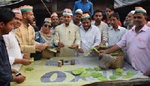 त्रिपुरा मुख्यमंत्री से खफा कांग्रेसियों ने लगाई पान की दुकान