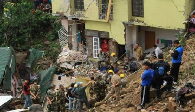 भारी बारिश के बाद भूस्खलन ने उड़ाई सरकार की नींद, एक की मौत