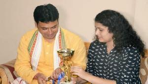 'सम्पर्क फॉर समर्थक': किक बॉक्सर से मिले त्रिपुरा CM बिप्लब देब