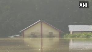 बाढ़ ने ली 31 लोगों की जान, 5 लाख से ज्यादा प्रभावित