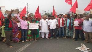 2019 के चुनाव में भाजपा सरकार को सबक सिखाएगी देश की जनता