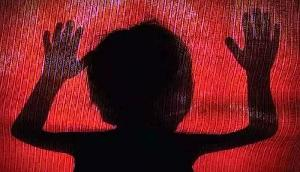 नाबालिक के साथ सामूहिक बलात्कार, दरिंदों ने सोशल मीडिया पर वायरल किया वीडियो