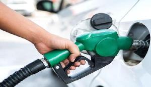 आम जनता को लगा बड़ा झटका, पेट्रोल के भाव में बड़ी बढ़ोतरी