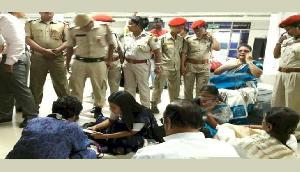 तृणमूल के 6 नेताओं की असम से रवानगी, सिलचर एयरपोर्ट पर हिरासत में रहे रातभर
