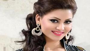 इस Bollywood ने पहनी अजीब ड्रेस, तस्वीरें हो गर्इ वायरल