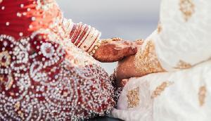 परंपरा के नाम पर घिनौना खेल, इस देश में पिता अपनी बेटी के साथ मनाता है सुहागरात