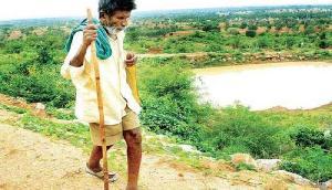 ये हैं 82 साल के 'मैडमैन', अपने गांव में खोद दिया 14 तालाब, बदल दी गांव की तस्वीर
