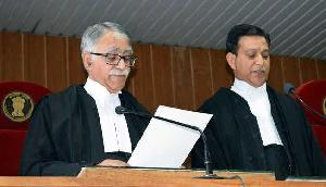 त्रिपुरा उच्च न्यायालय के नए मुख्य न्यायाधीश ने पदभार संभाला