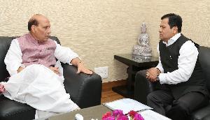 राजनाथ, अमित शाह, डोभाल और सोनोवाल ने की विशेष मीटिंग, जानिए क्या था बड़ा कारण