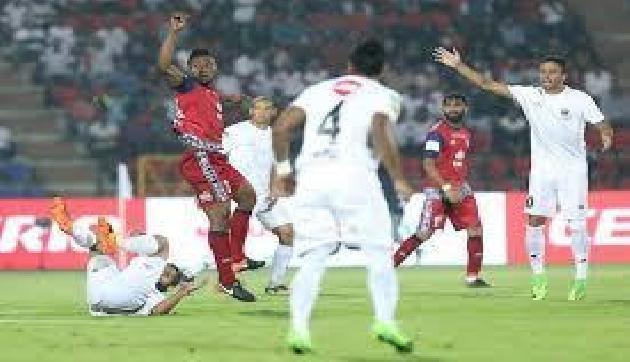 आईएसएल-5: जमशेदपुर से ड्रॉ खेल दूसरे स्थान पर पहुंची नार्थईस्ट