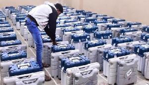 अरुणाचल में 500 नकाबपोश हमलावरों ने चुनाव अधिकारियों पर किया हमला, ईवीएम लूटीं