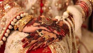 यहां शादी के जोड़े में अच्छी तरह तैयार होकर बिकने के लिए आती है दुल्हनें, ये है वजह