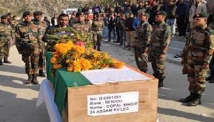नागालैंड में शहीद हुआ असम राइफल्स का जवान, नम आंखों ने दी विदार्इ