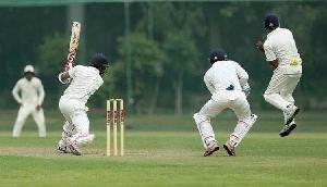 सिक्किम ने चंडीगढ़ के गेंदबाजों को पीटा, बनाए 369 रन