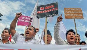 नागरिकता बिल के विरोध में असम के शहीदों के परिवार ने लौटाया सम्मान