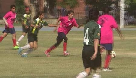 उत्कल विश्वविद्यालय ने मणिपुर विश्वविद्यालय को 2-1 से हराया