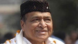 डॉ. भूपेन हजारिका भारत रत्न से सम्मानित