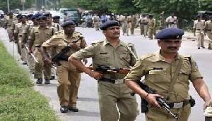 प्रदर्शनकारी महिलाओं पर पुलिस ने बरसाई लाठियां,  छह महिलाएं घायल
