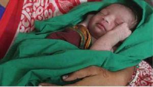 तमिलनाडु अस्पताल पर नवजात बच्ची को बेचने का आरोप