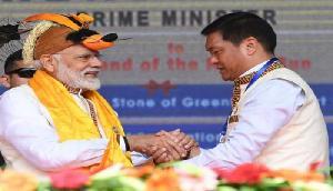 पेमा खांडू ने चीन को लेकर इशारों-इशारों में कह दी ऐसी बात, मोदी रहे मुकदर्शक